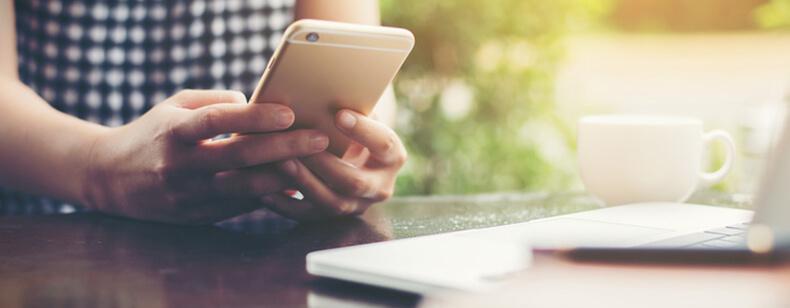 Résiliation de forfait mobile et loi Châtel
