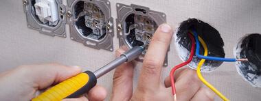 Facture abusive d'un électricien  :