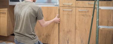 d gradations par un ouvrier ou artisan comment obtenir r paration. Black Bedroom Furniture Sets. Home Design Ideas