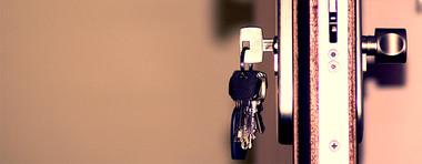 Expulsion : le propriétaire peut-il changer la serrure d'un logement loué?